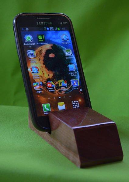 Suporte de madeira para celular SMC00002